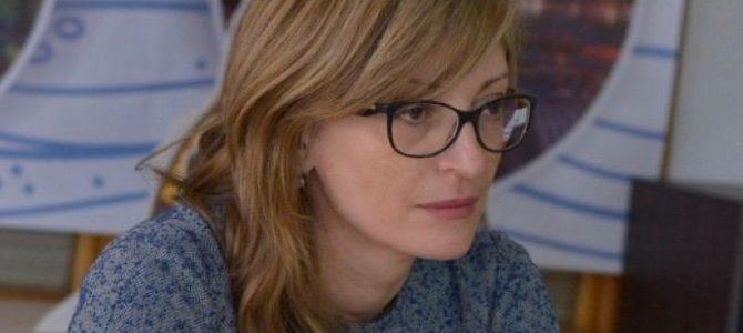 Вицепремиерът и външен министър Екатерина Захариева: Недопустимо е арестуването на българските лекари